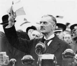 Neville_chamberlain_munich_agreement_193_1