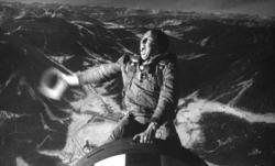 Slim-pickens_riding-the-bomb_enh-lores