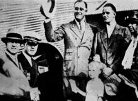 Fdr at airport 1932