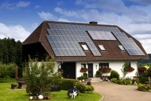 Solar-Panels-Cottage